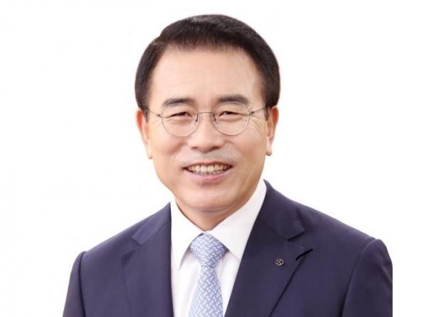 [오늘경제] 조용병 신한금융지주 회장, 연임 '초록불'