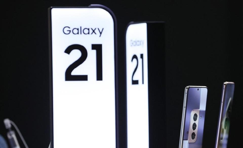 삼성 전자, Galaxy S21 매출이 기존 게임 대비 30 % 증가